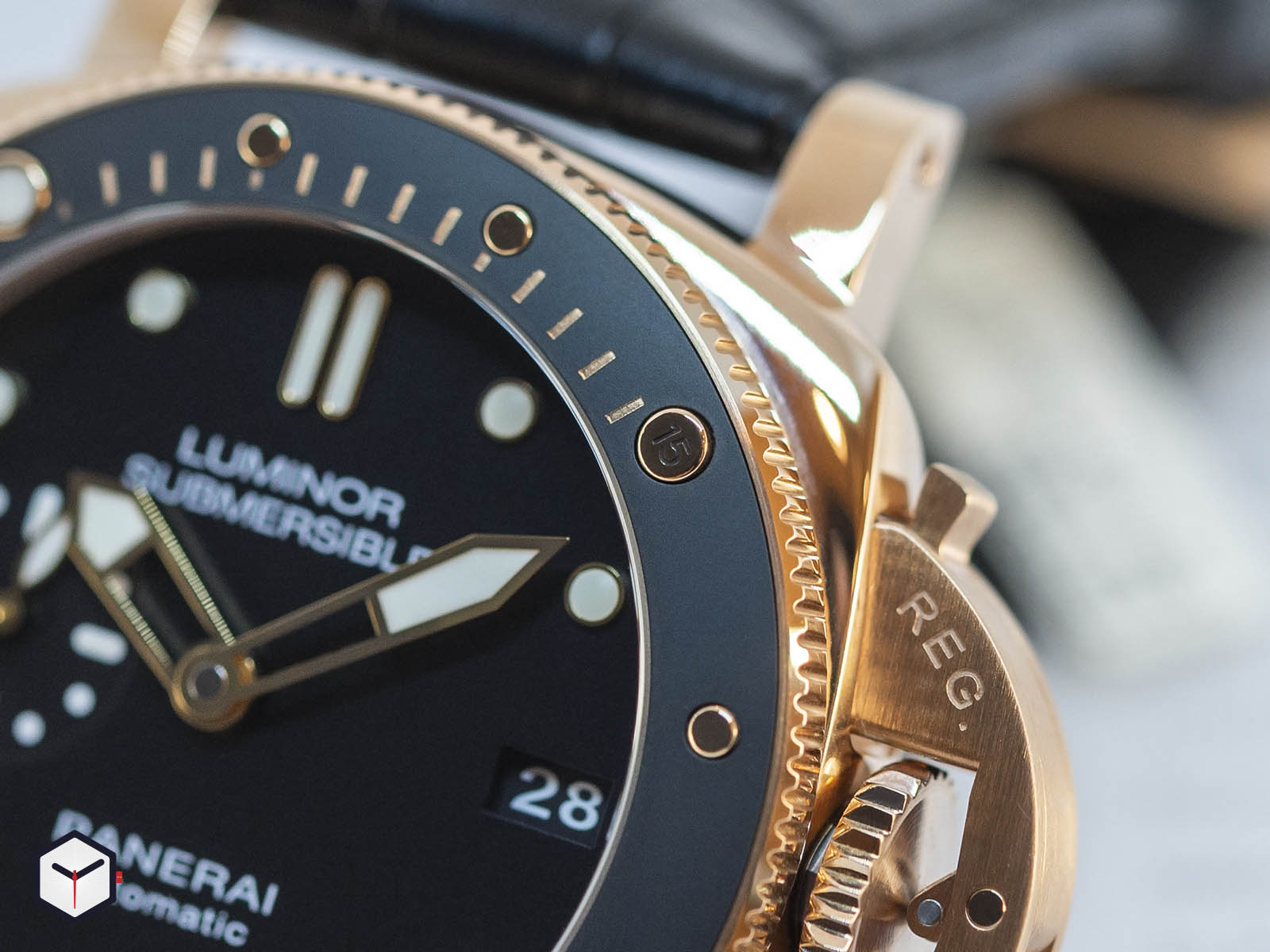 pam00684-officine-panerai-submersible-1950-3-days-automatic-oro-rosso-42mm-5.jpg