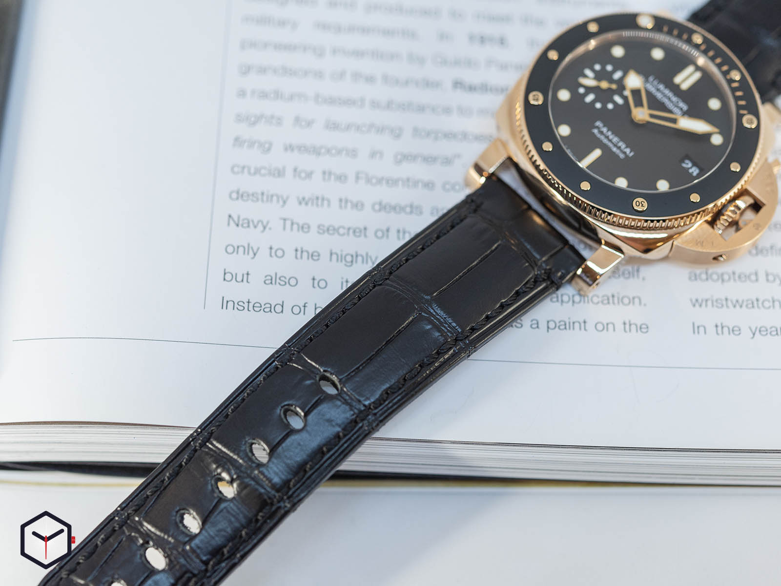 pam00684-officine-panerai-submersible-1950-3-days-automatic-oro-rosso-42mm-6.jpg