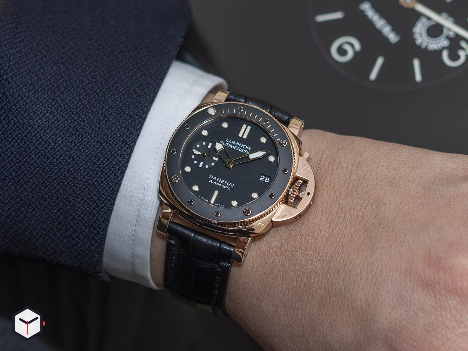 pam00684-officine-panerai-submersible-1950-3-days-automatic-oro-rosso-42mm-9.jpg