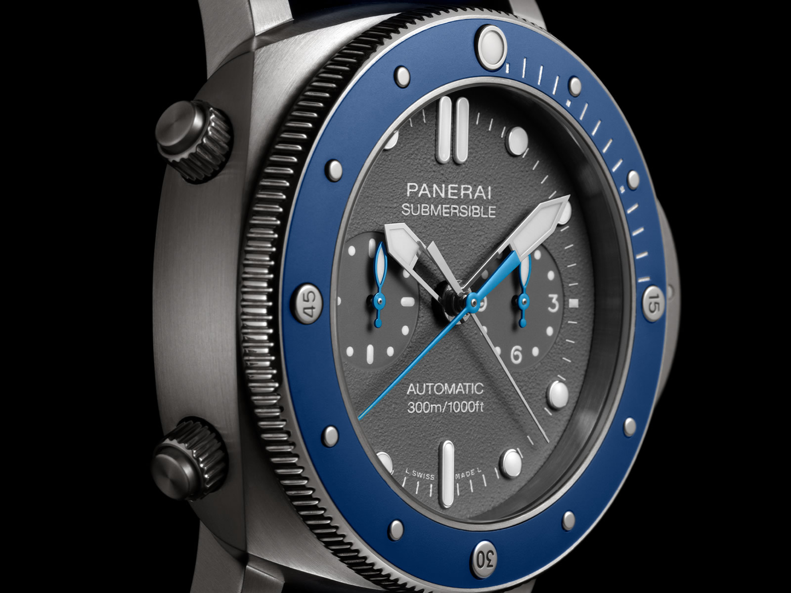 pam00982-officine-panerai-submersible-chrono-guillaume-nery-edition-5-.jpg