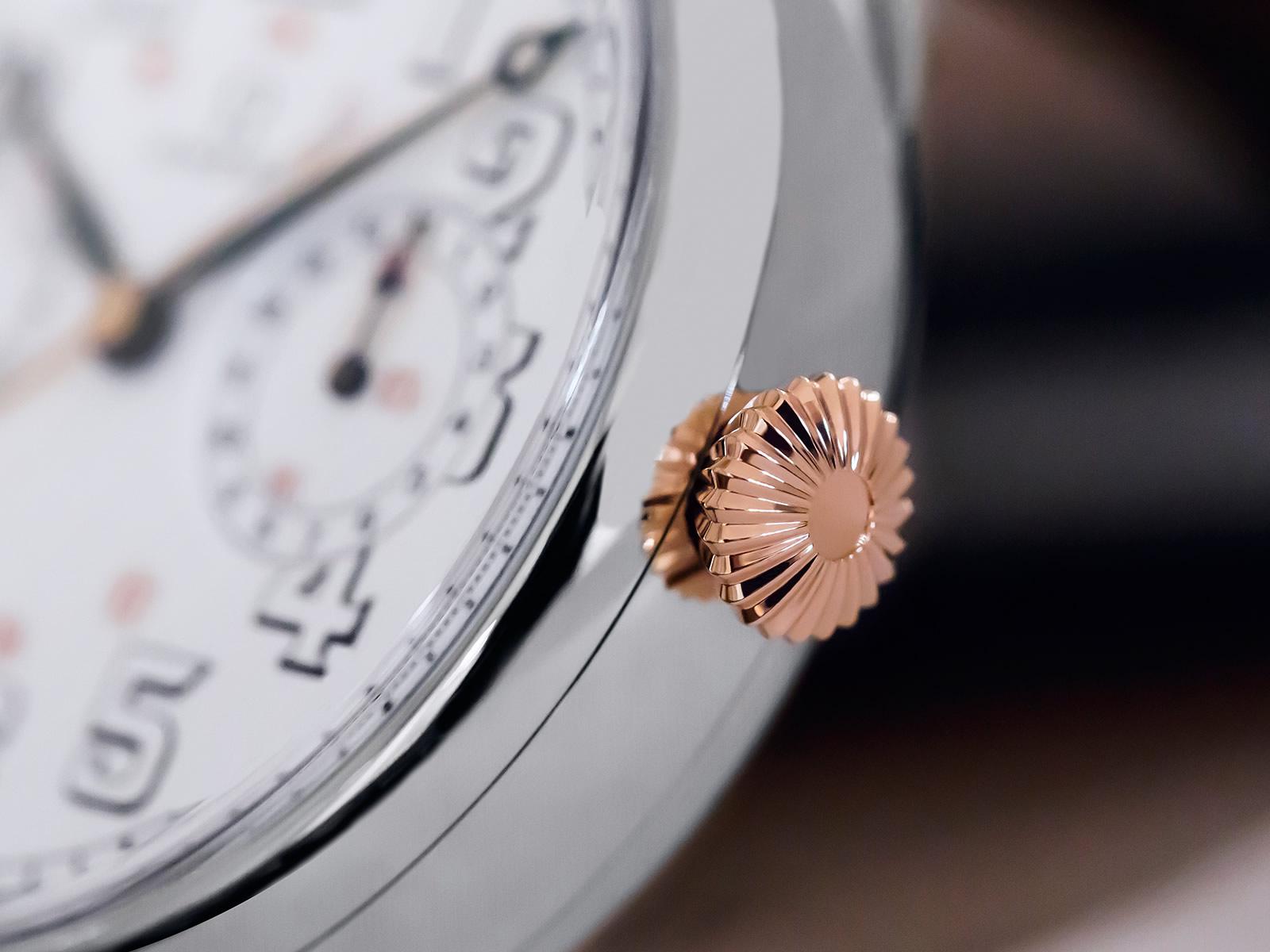 516-52-48-30-04-001-omega-18-chro-wrist-chronograph-limited-edition-4.jpg