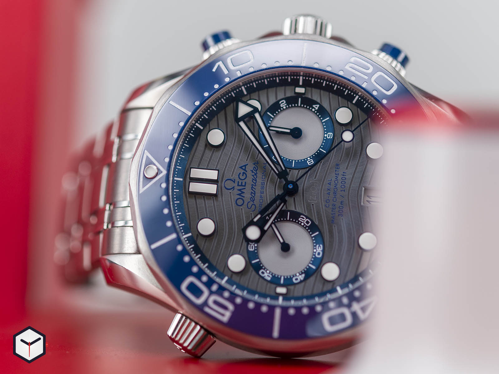 210-30-44-51-06-001-omega-diver-300m-co-axial-master-chronometer-chronograph-44-2.jpg