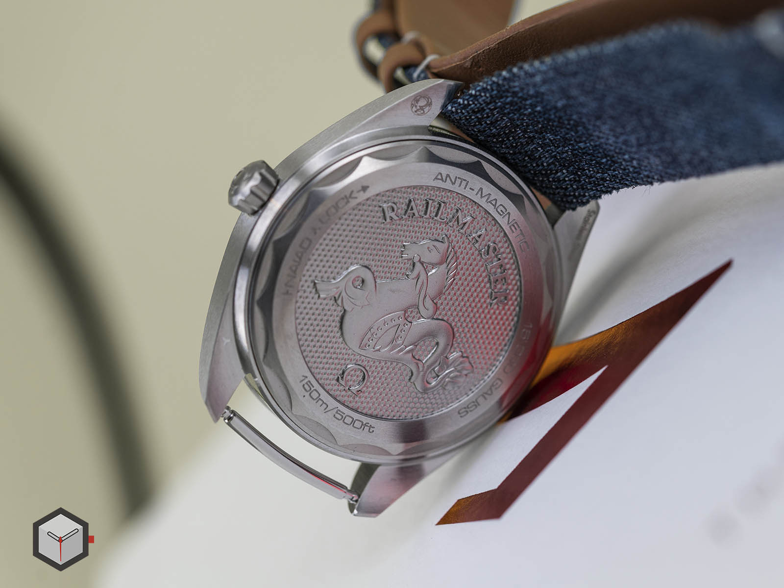 220-12-40-20-03-001-omega-railmaster-co-axial-master-chronometer-denim-7.jpg