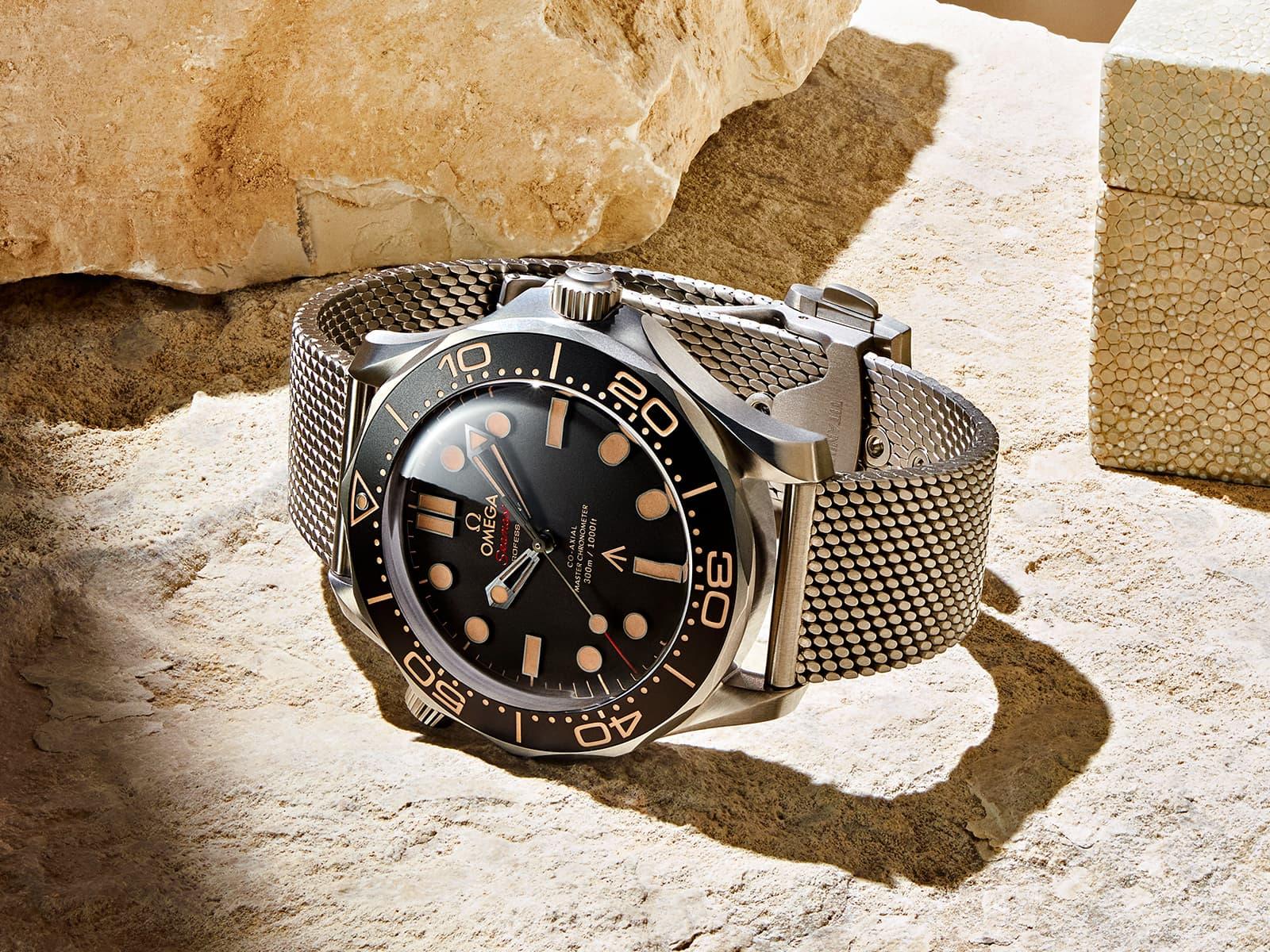 210-90-42-20-01-001-omega-seamaster-diver-300m-007-edition-1.jpg