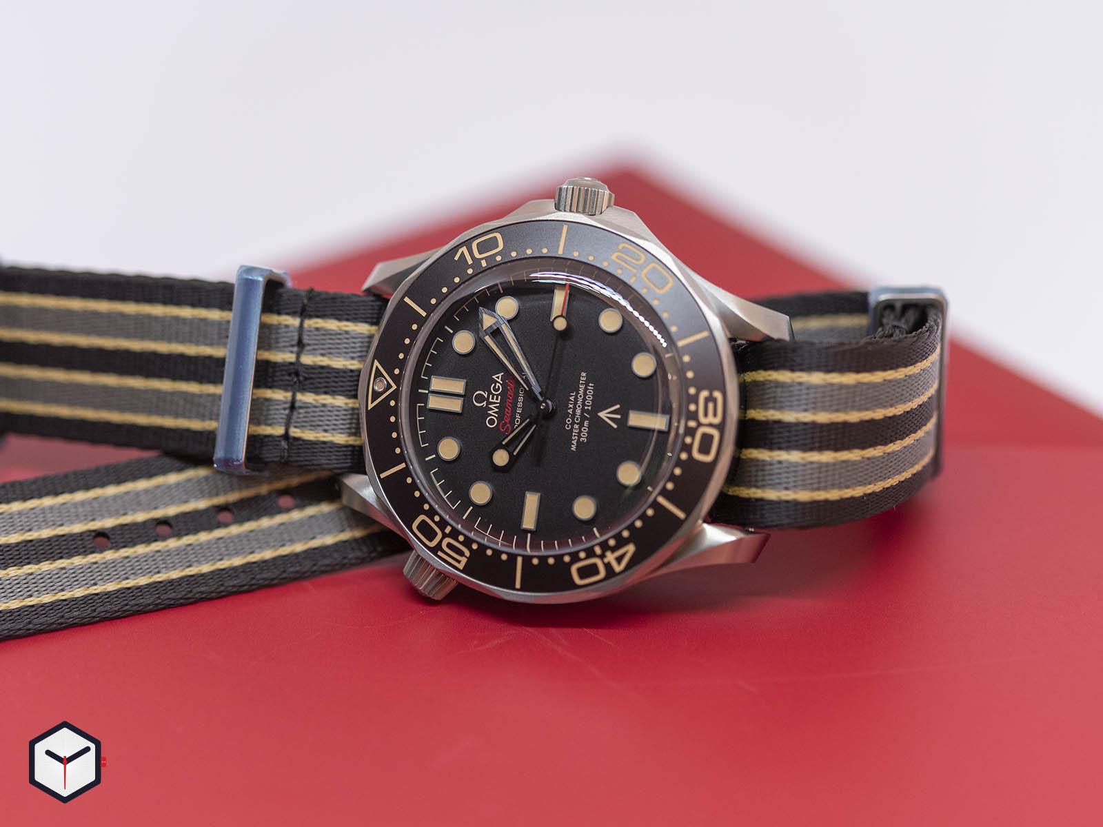 210-92-42-20-01-001-omega-seamaster-diver-300m-007-edition-1-.jpg