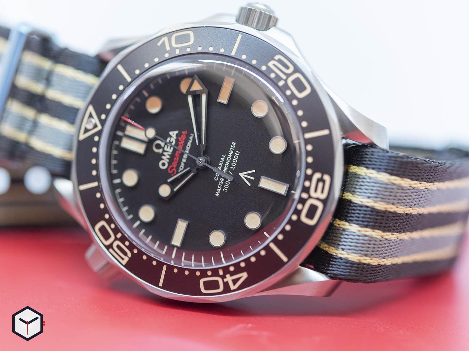 210-92-42-20-01-001-omega-seamaster-diver-300m-007-edition-2-.jpg