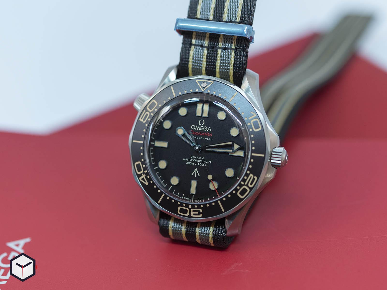 210-92-42-20-01-001-omega-seamaster-diver-300m-007-edition-3.jpg