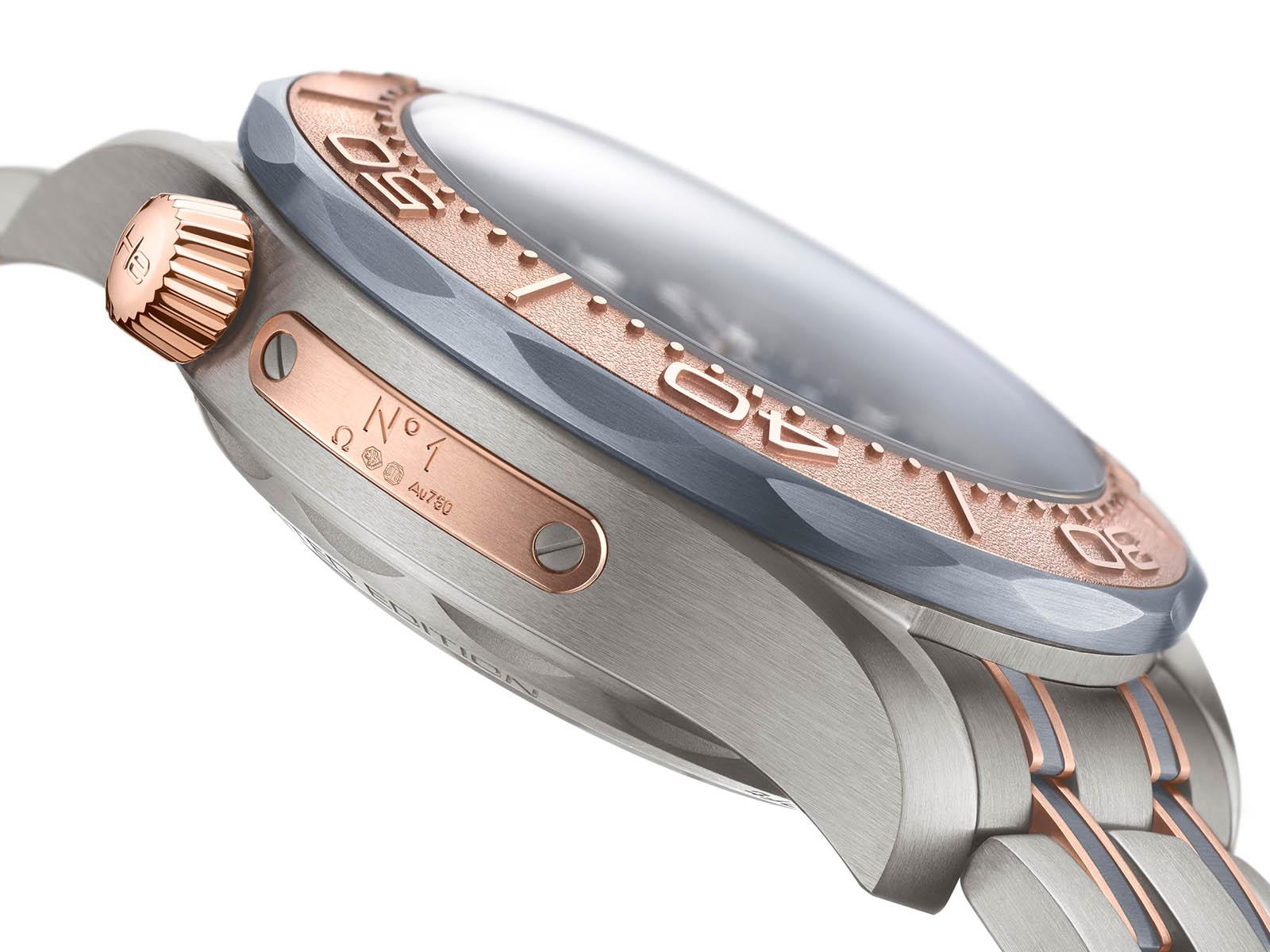 omega-seamaster-diver-300m-chronograph-gold-titanium-tantalum-7.jpg