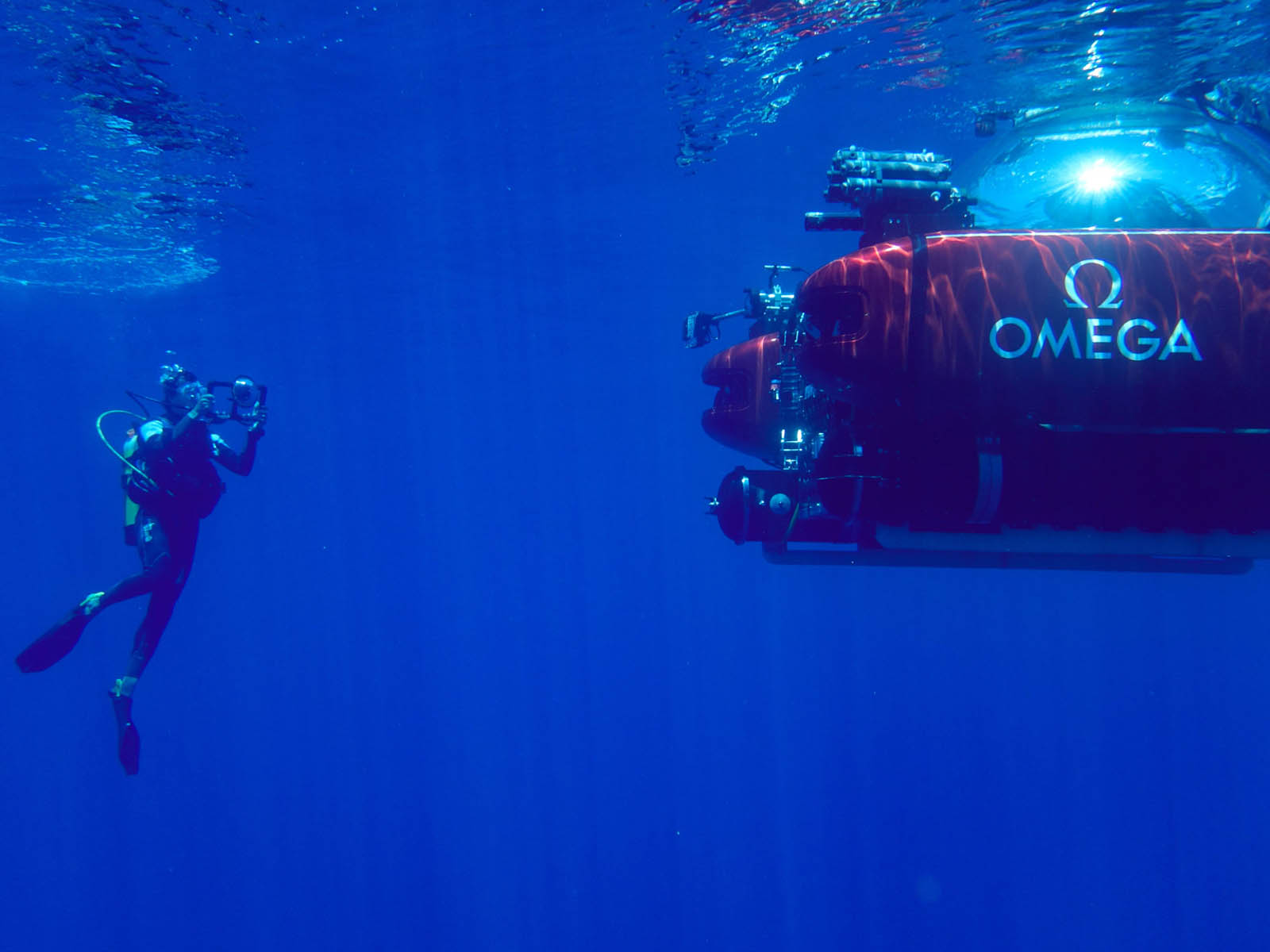 omega-seamaster-diver-300m-nekton-edition-4.jpg