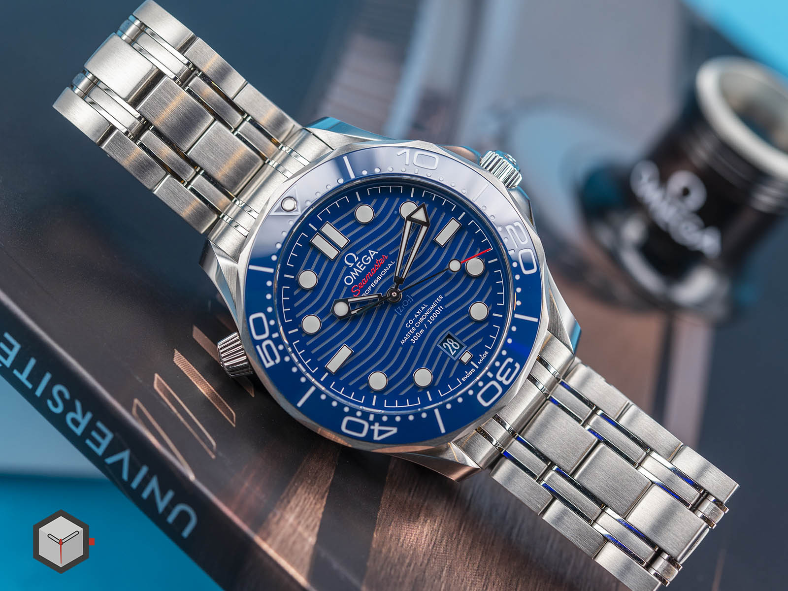 210-30-42-20-03-001-omega-seamaster-professional-diver-300m-5.jpg