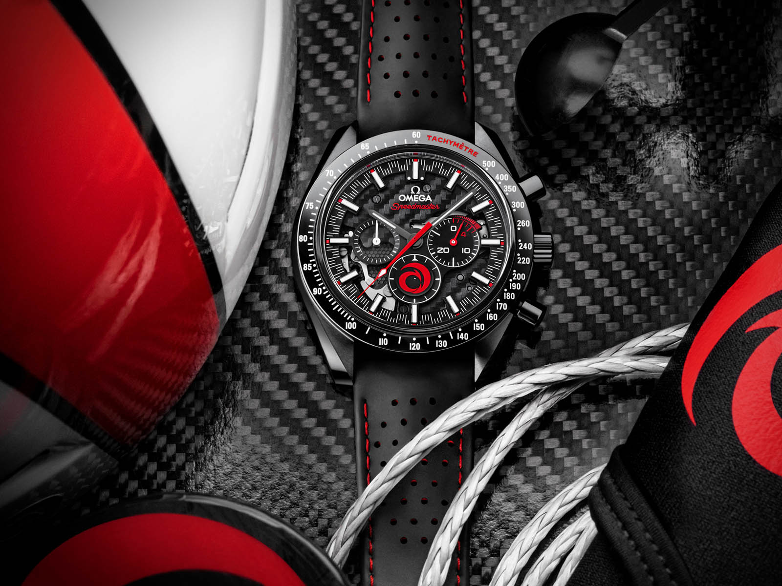 311-92-44-30-01-002-omega-speedmaster-dark-side-of-the-moon-alinghi-2.jpg