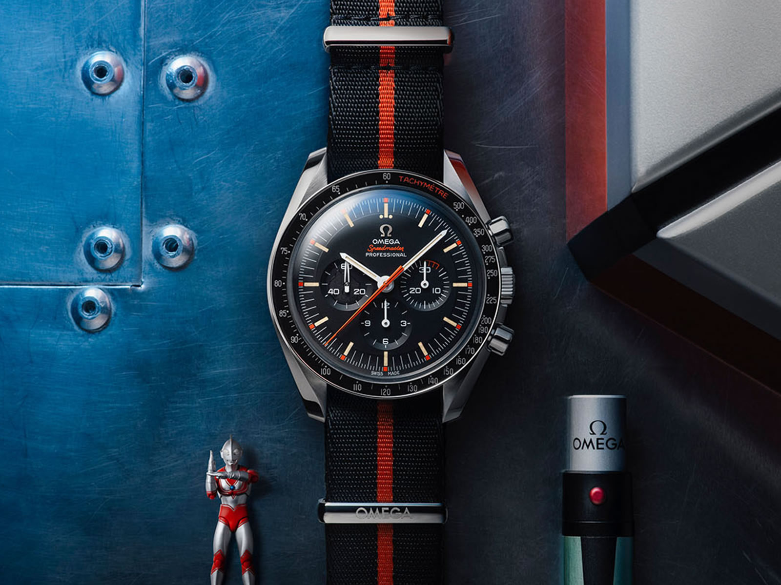 311-12-42-30-01-001-omega-speedmaster-limited-edition-42mm-ultraman-6-.jpg