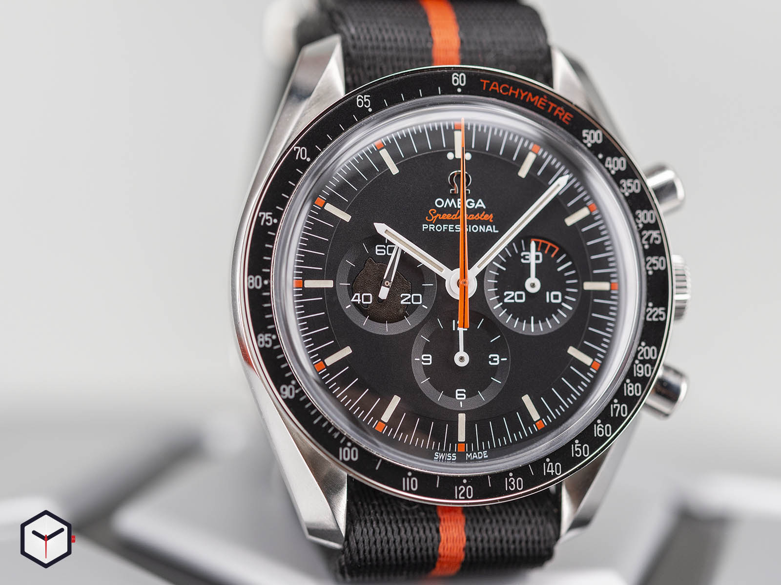 311-12-42-30-01-001-omega-speedmaster-speedy-tuesday-2018-edition-ultraman-4.jpg