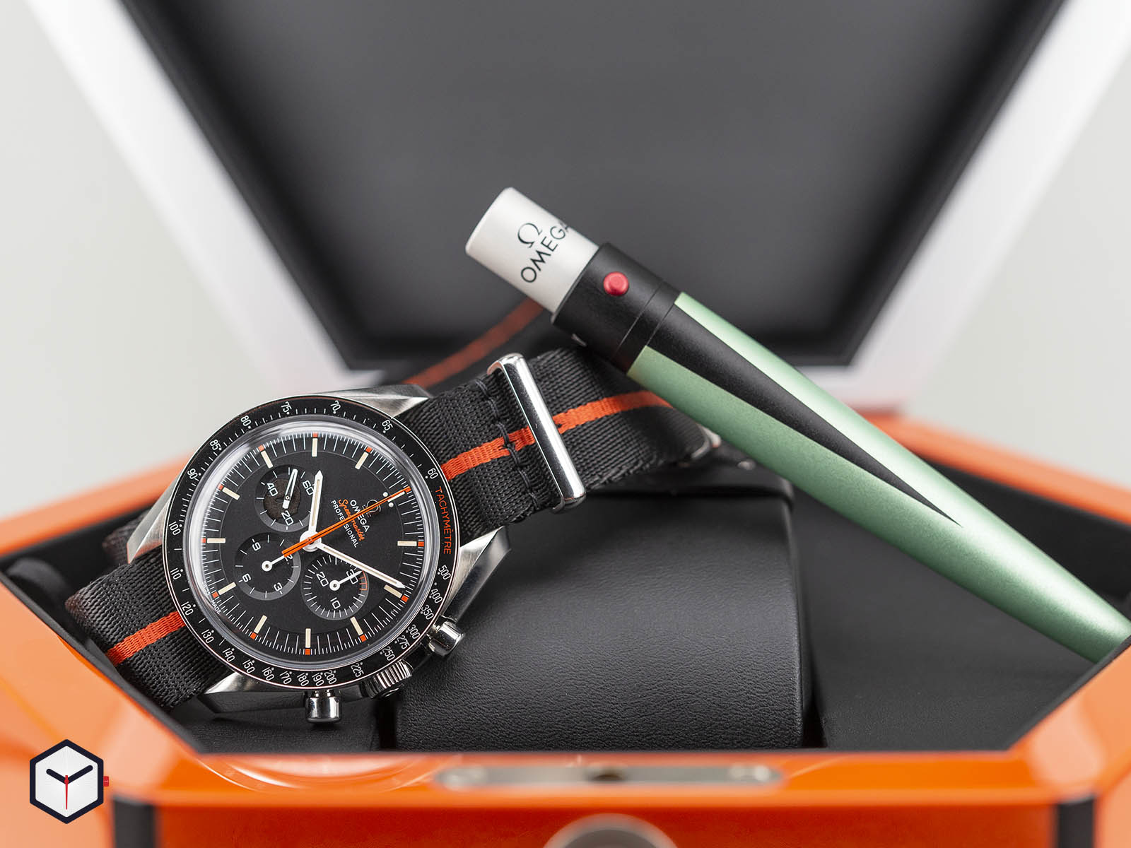 311-12-42-30-01-001-omega-speedmaster-speedy-tuesday-2018-edition-ultraman-5.jpg
