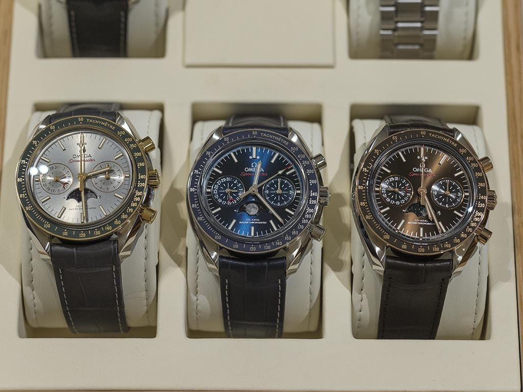 Omega-Speedmaster-Moonphase-Co-Axial-Master-Chronometer-Chronograph-17.jpg