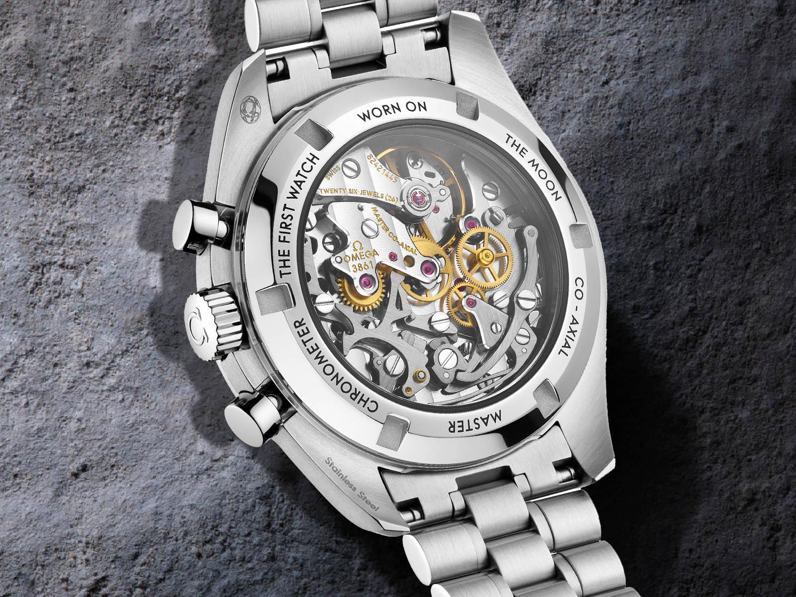 omega-speedmaster-moonwatch-professional-master-chronometer-7.jpg