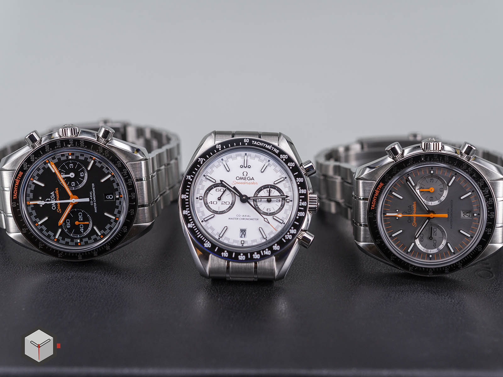 329-30-44-51-04-001-omega-speedmaster-racing-co-axial-master-11.jpg
