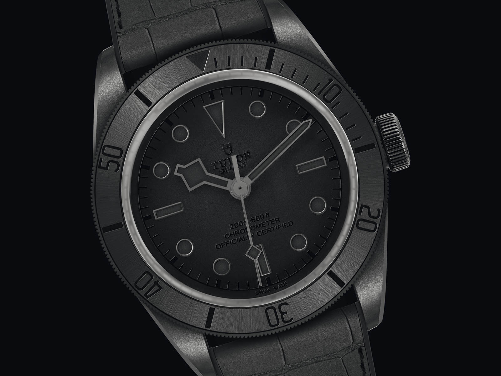 m7921-001cn-tudor-black-bay-ceramic-one-2.jpg