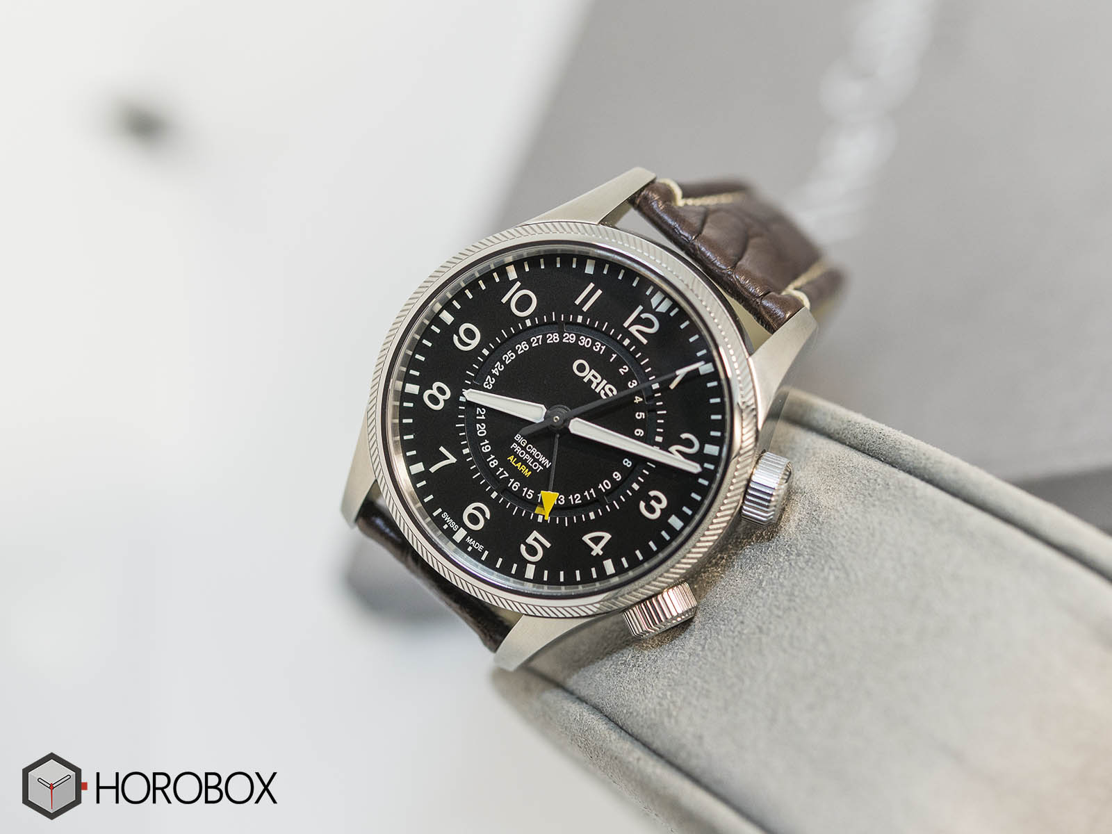 oris-big-crown-propilot-alarm-limited-edition-01-910-7745-4084-2.jpg