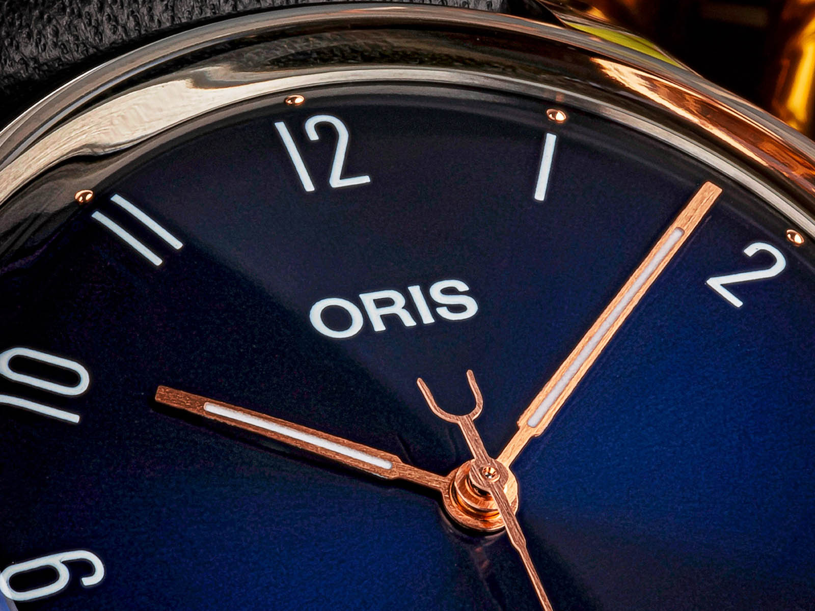 01-733-7762-4085-set-oris-james-morrison-academy-of-music-limited-edition-3.jpg