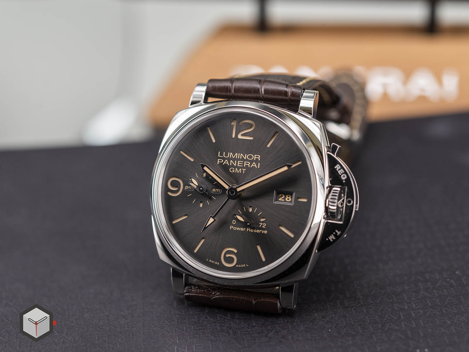 pam00944-panerai-luminor-due-3-days-gmt-power-reserve-automatic-3.jpg