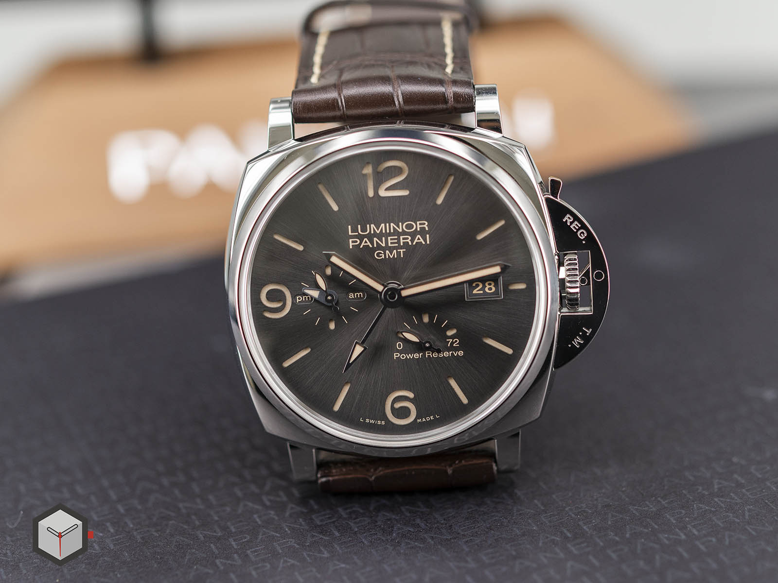 pam00944-panerai-luminor-due-3-days-gmt-power-reserve-automatic-4.jpg