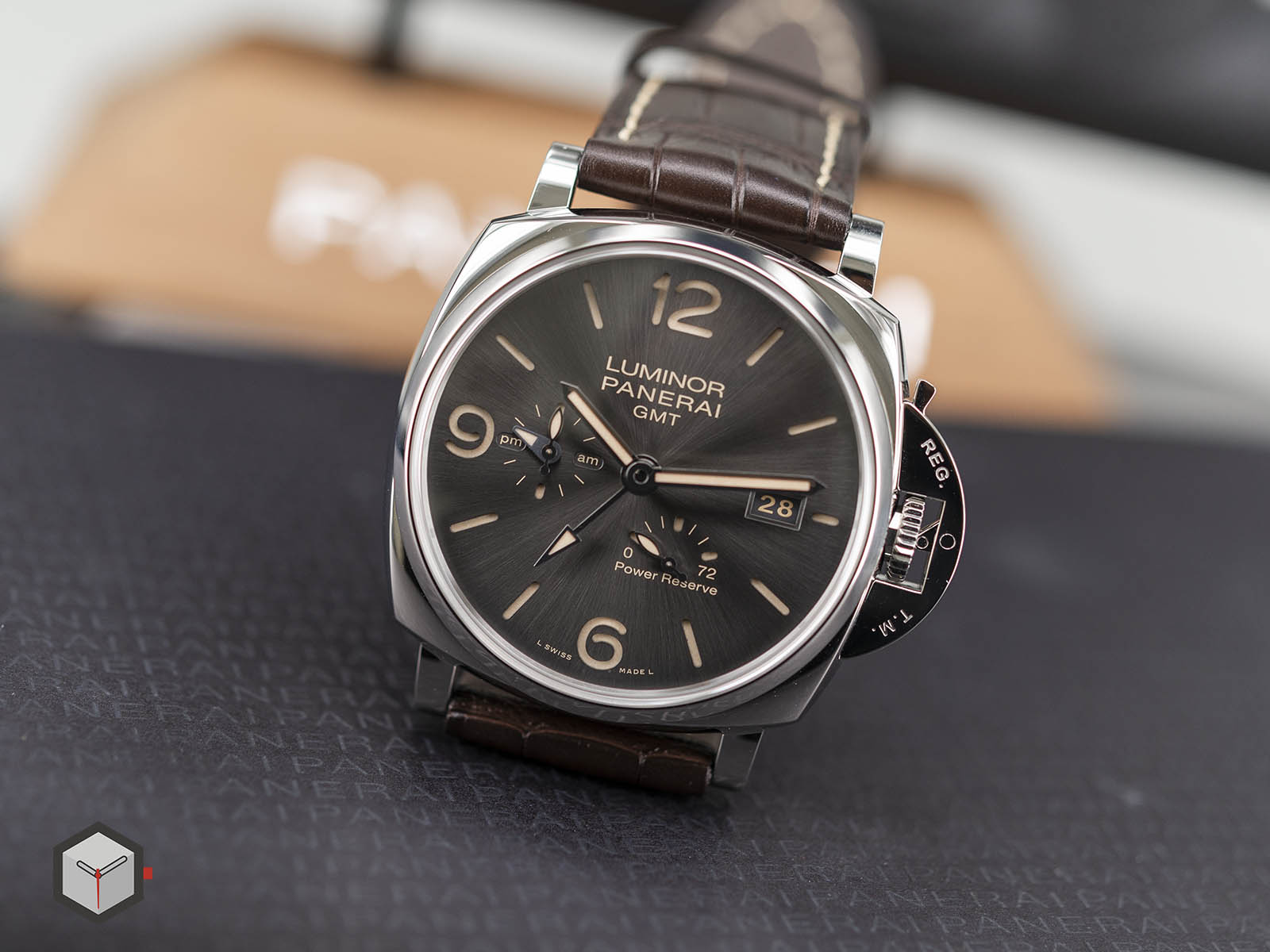 pam00944-panerai-luminor-due-3-days-gmt-power-reserve-automatic-5.jpg