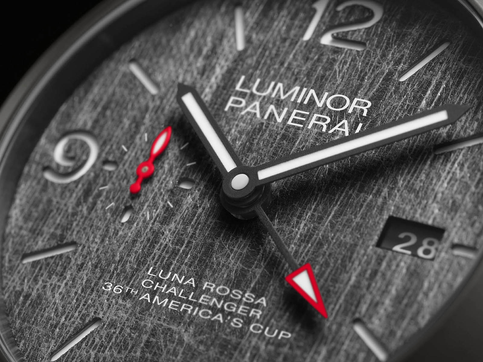 panerai-luminor-luna-rossa-12.jpg