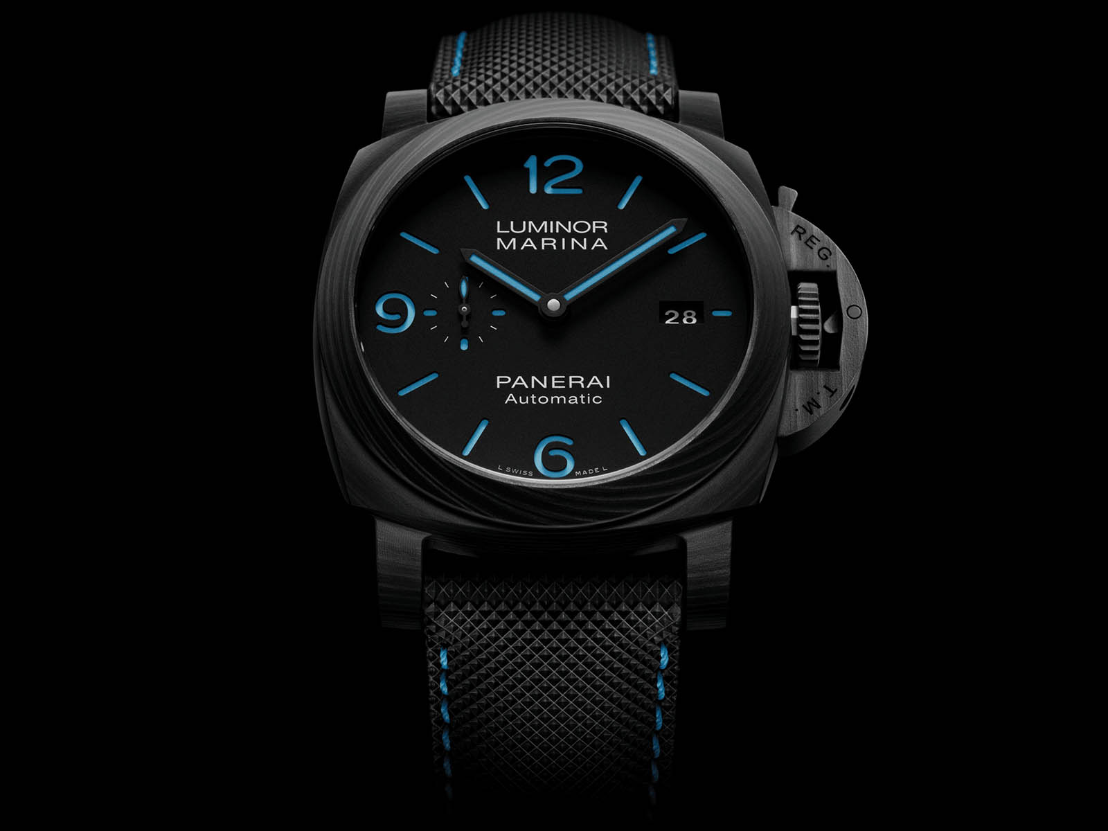 pam01661-panerai-luminor-marina-carbotech-2.jpg