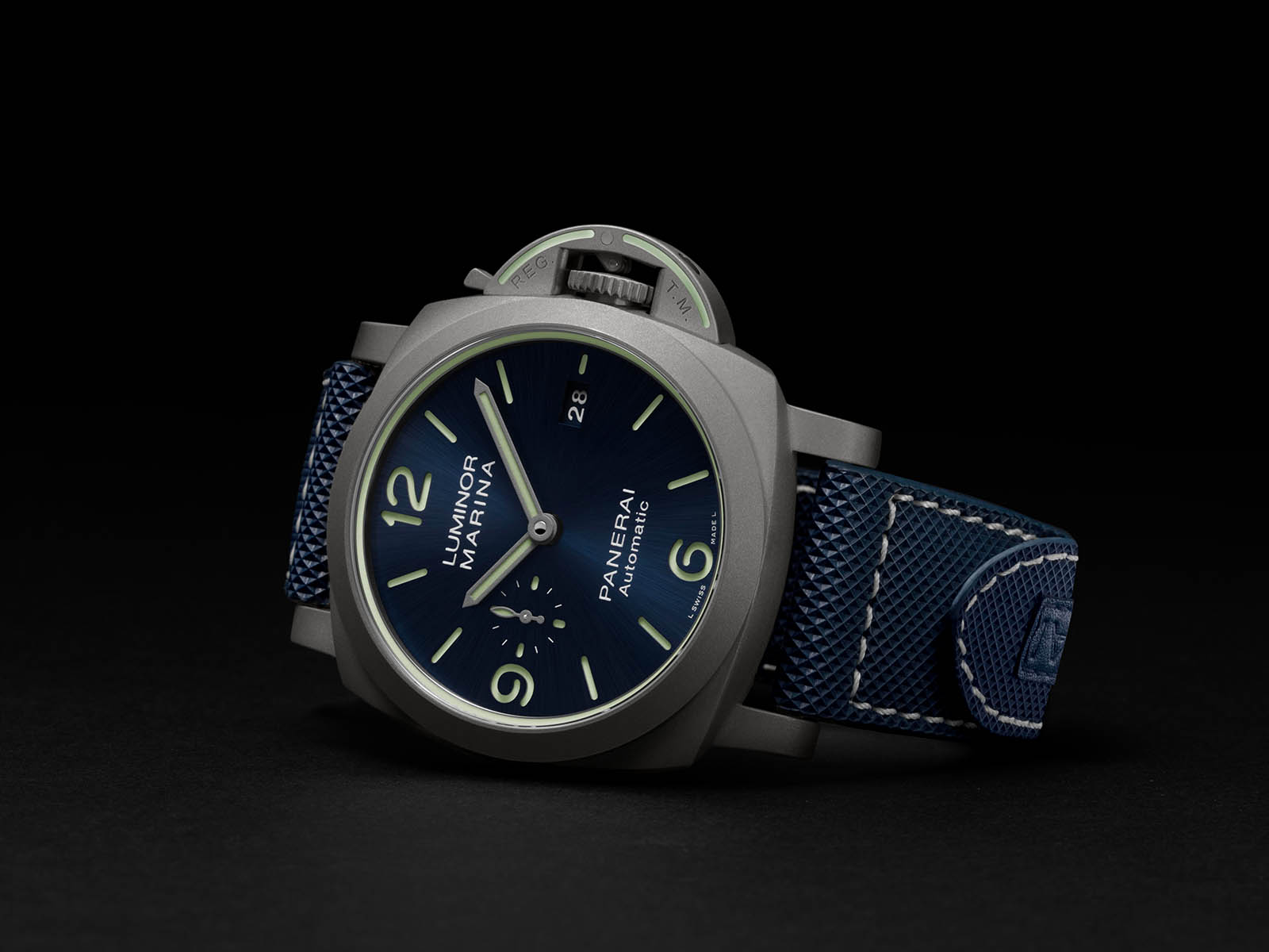 pam01117-panerai-luminor-marina.jpg