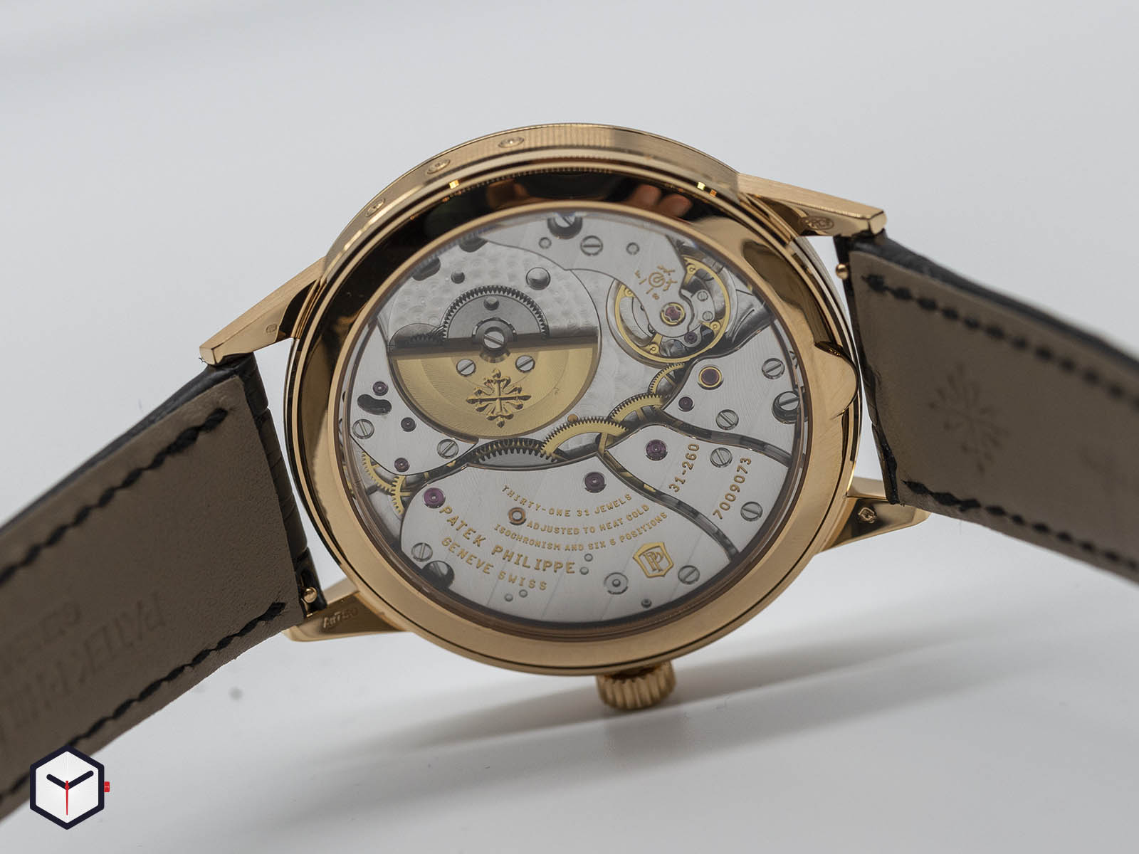 5235-50r-001-patek-philippe-5235-50r-annual-calendar-regulator-5.jpg