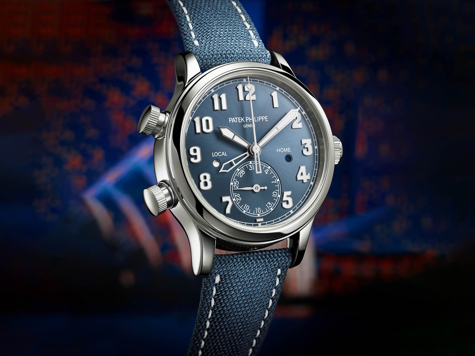 7234a-001-patek-philippe-calatrava-pilot-travel-time-2.jpg