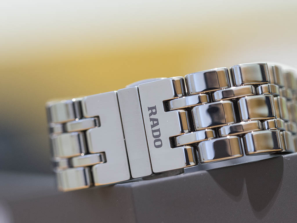 RADO_-HyperChrome_Automatic_Diamonds_01-580-0523-3-010-5-.jpg