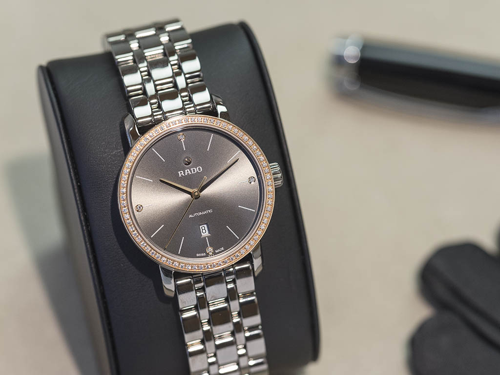 RADO_-HyperChrome_Automatic_Diamonds_01-580-0523-3-010.jpg
