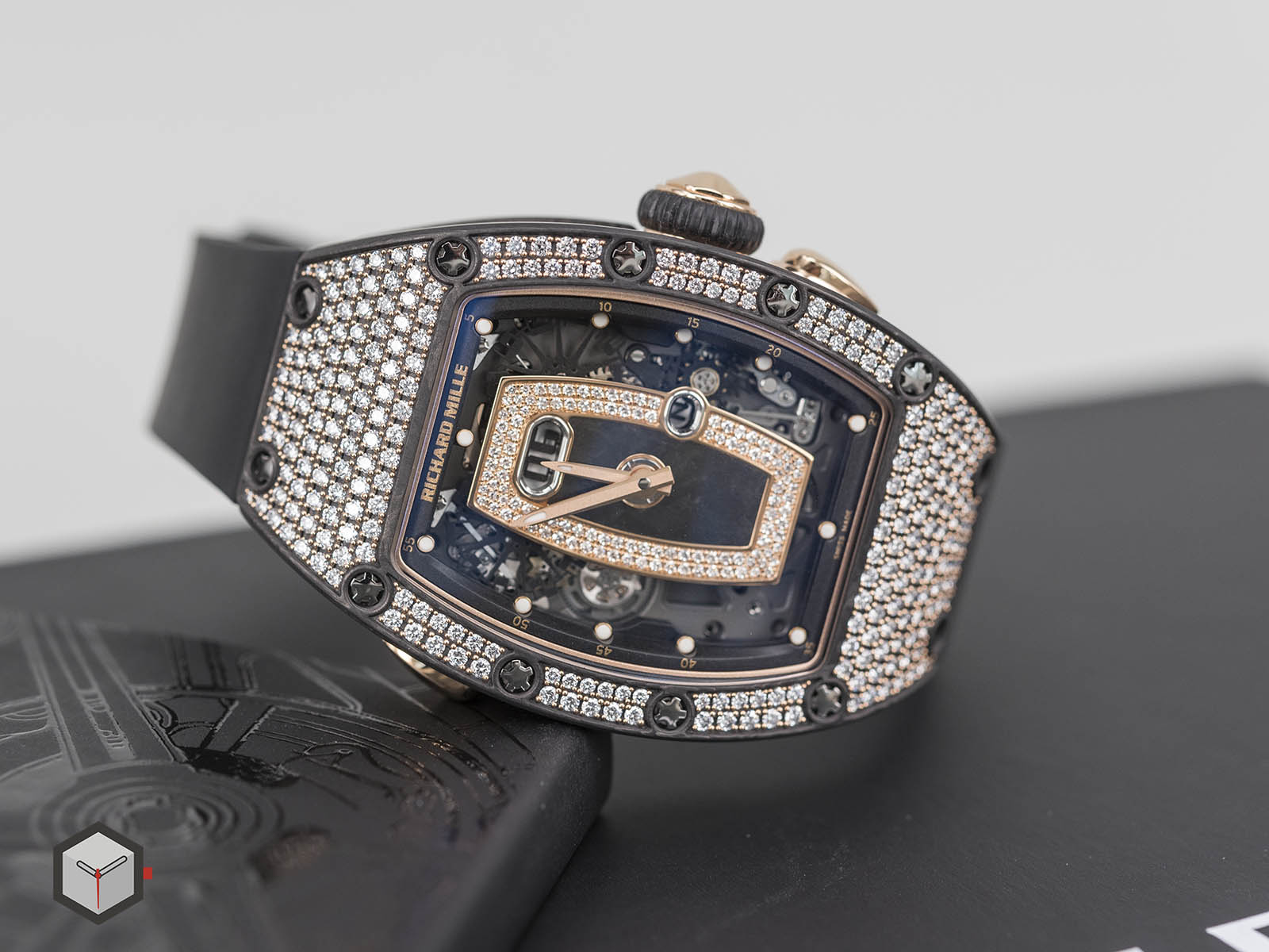 richard-mille-rm-037-automatic-2.jpg