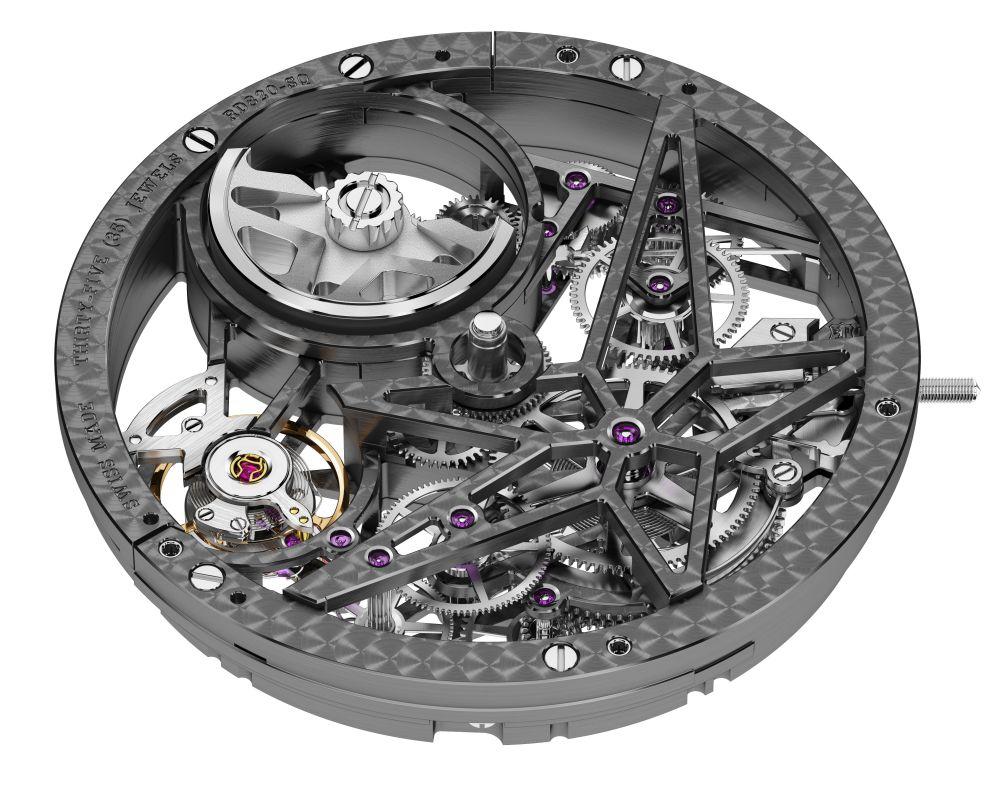 Roger-Dubuis-Excalibur-Automatic-Skeleton-Carbon-6.jpg