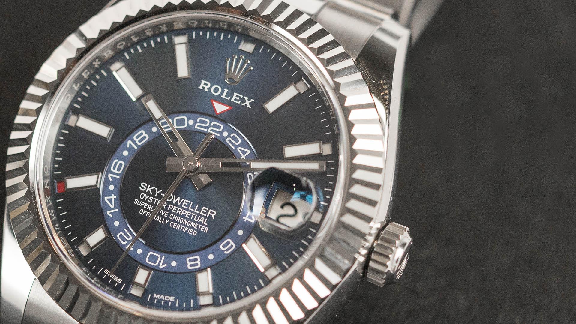 Rolex-Oyster-Perpetual-Sky-Dweller-kapak-2.jpg