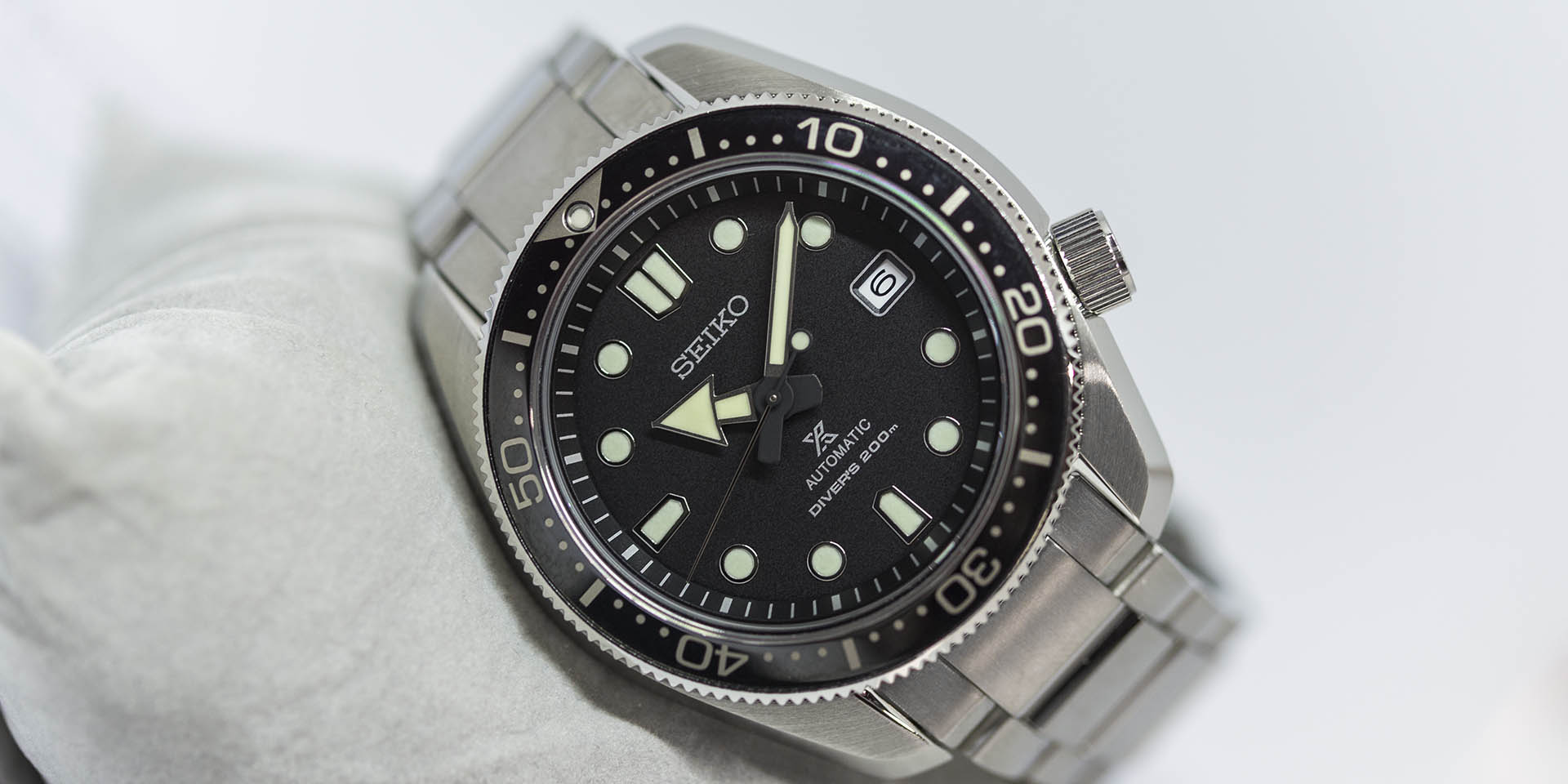 Spb077 diver 200m prospex seiko baselworld 2018 review horobox - Seiko dive watch history ...