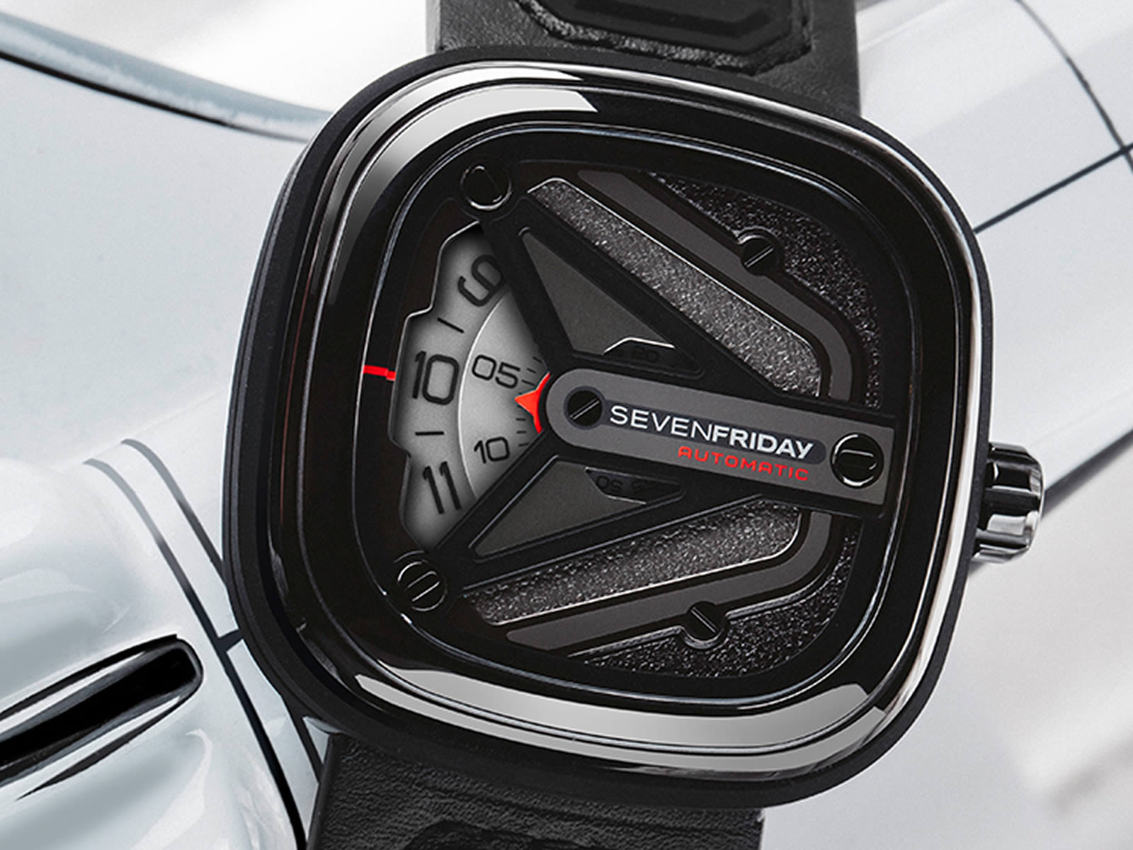 sevenfriday-m3-01-spaceship-edition-8-.jpg