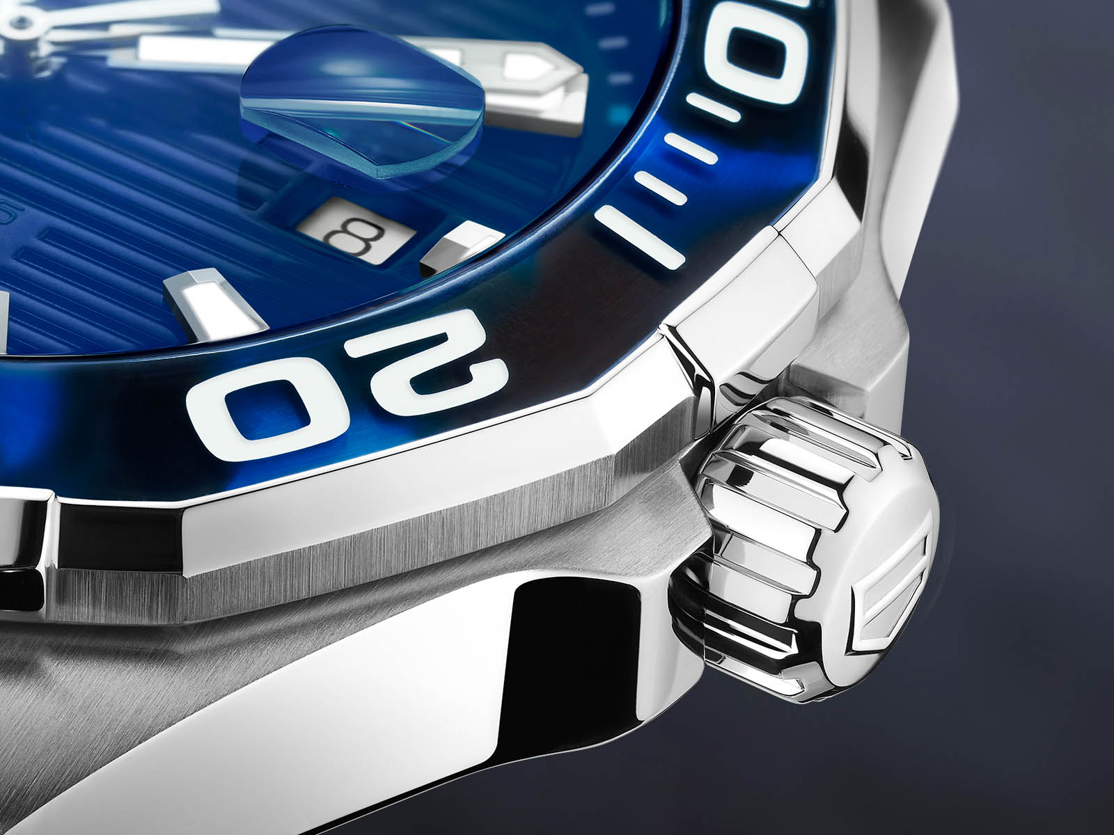 way201p-ft6178-tag-heuer-aquaracer-tortoise-shell-effect-blue-calibre-5-2.jpg