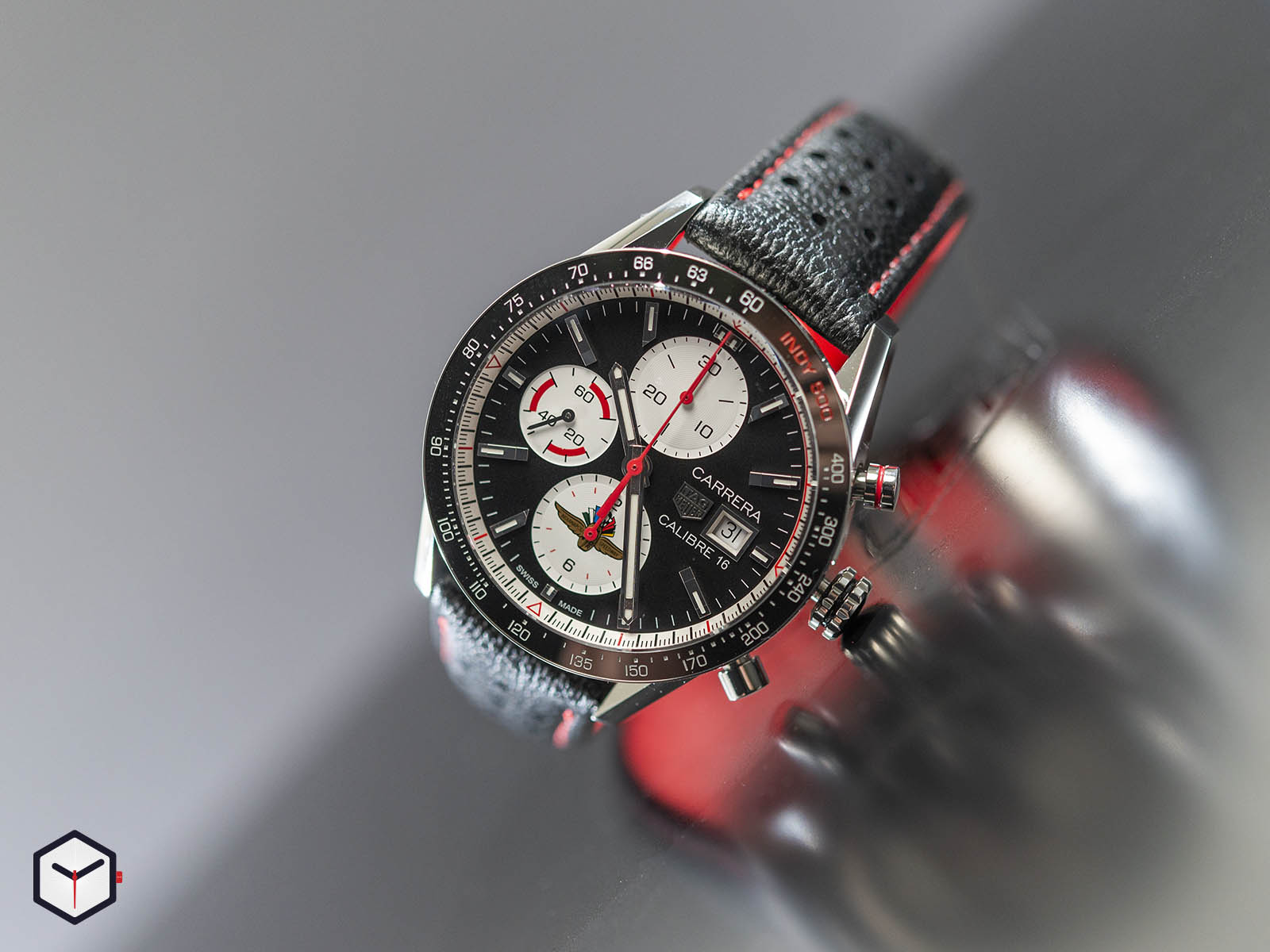 cv201as-fc6429-tag-heuer-carrera-indy-500-special-edition-1.jpg