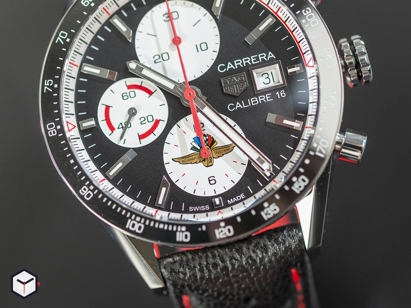 cv201as-fc6429-tag-heuer-carrera-indy-500-special-edition-2.jpg