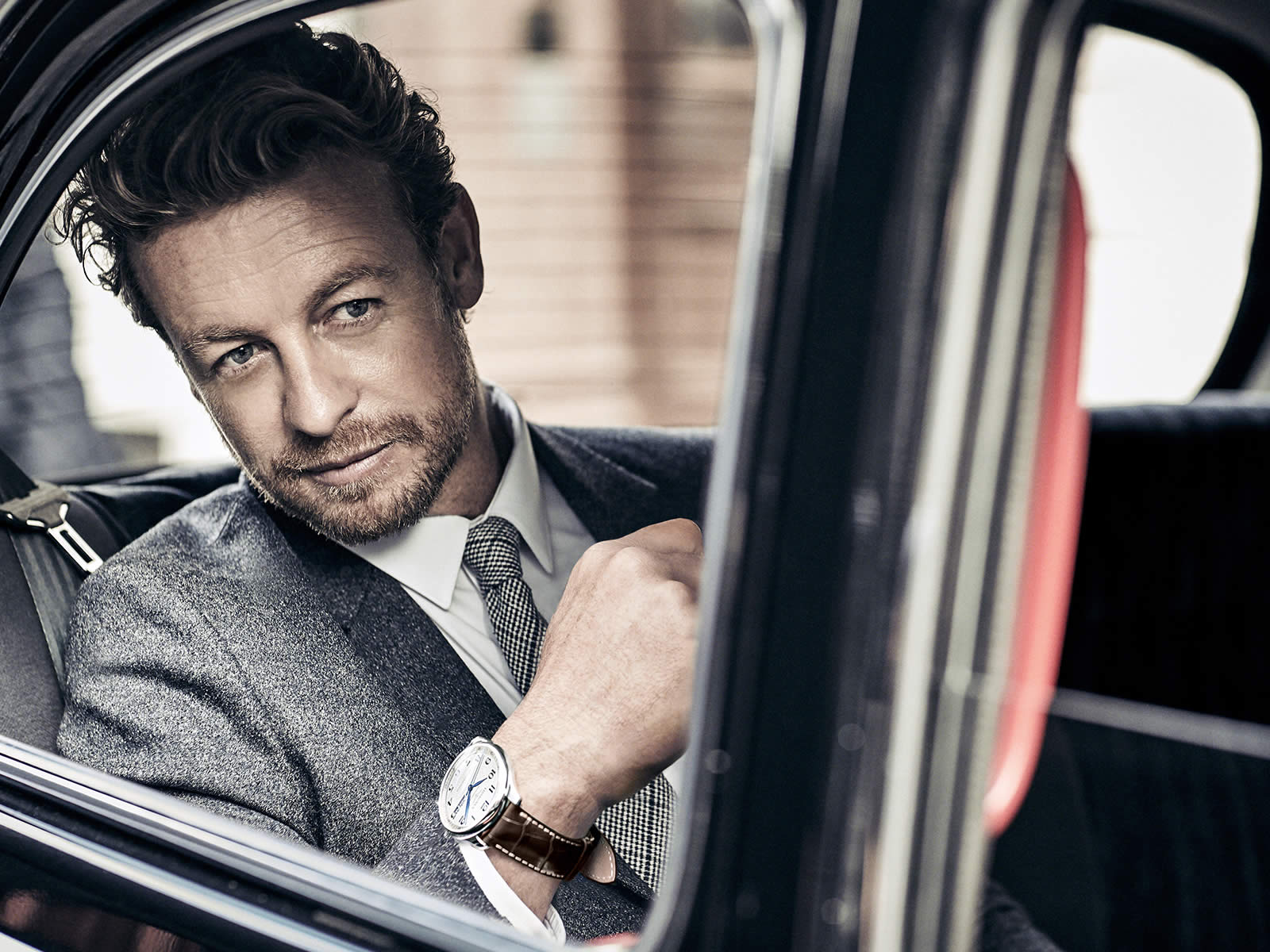 simon-baker-the-longines-master-collection-annual-calendar-.jpg