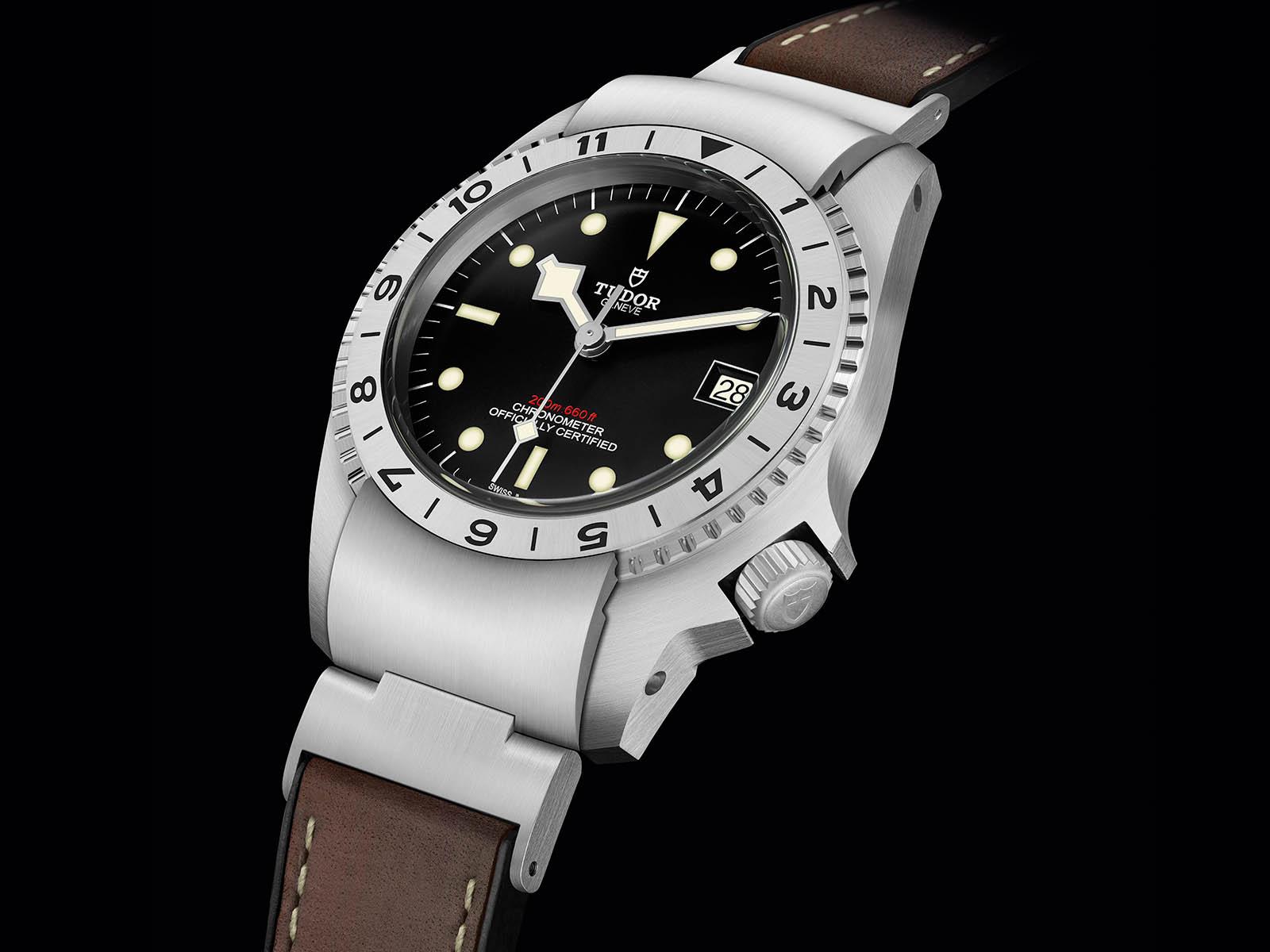 m70150-0001-tudor-black-bay-p01-3.jpg
