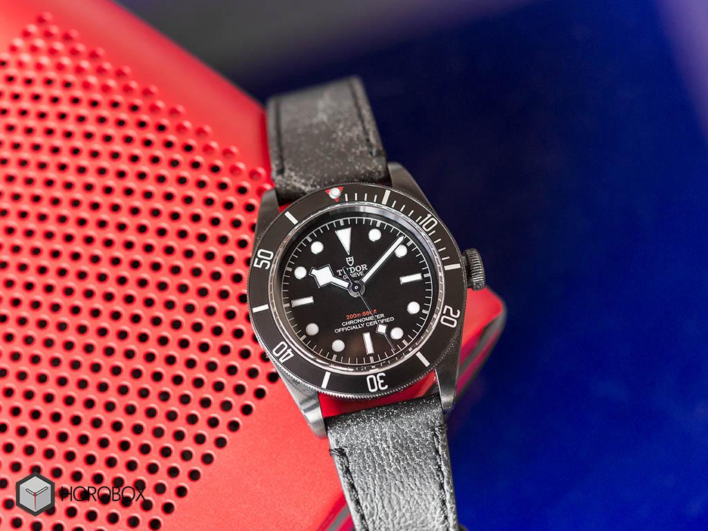 tudor-heritage-black-bay-dark-79230DK-2-.jpg