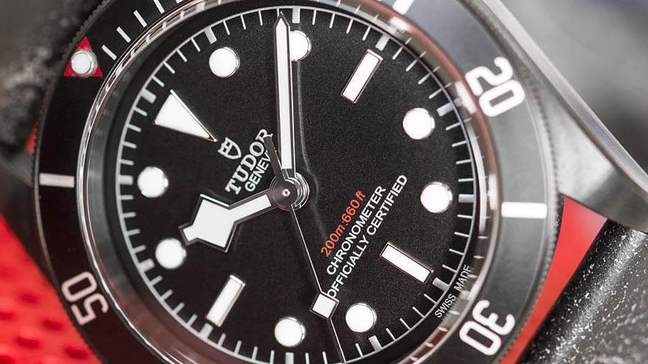 tudor-heritage-black-bay-dark-79230DK-kapak-2.jpg