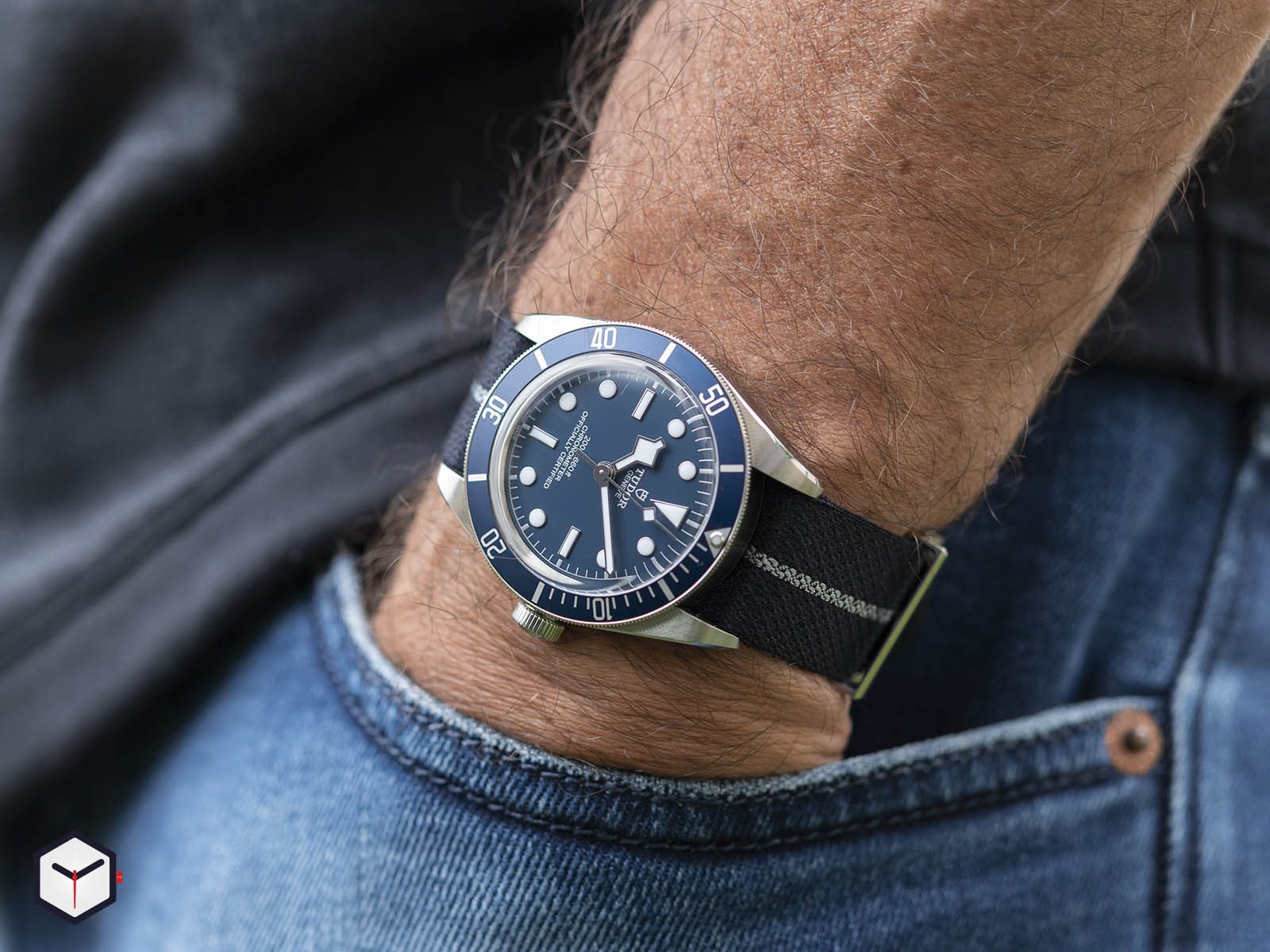m79030b-0003-tudor-black-bay-fifty-eight-navy-blue-11.jpg