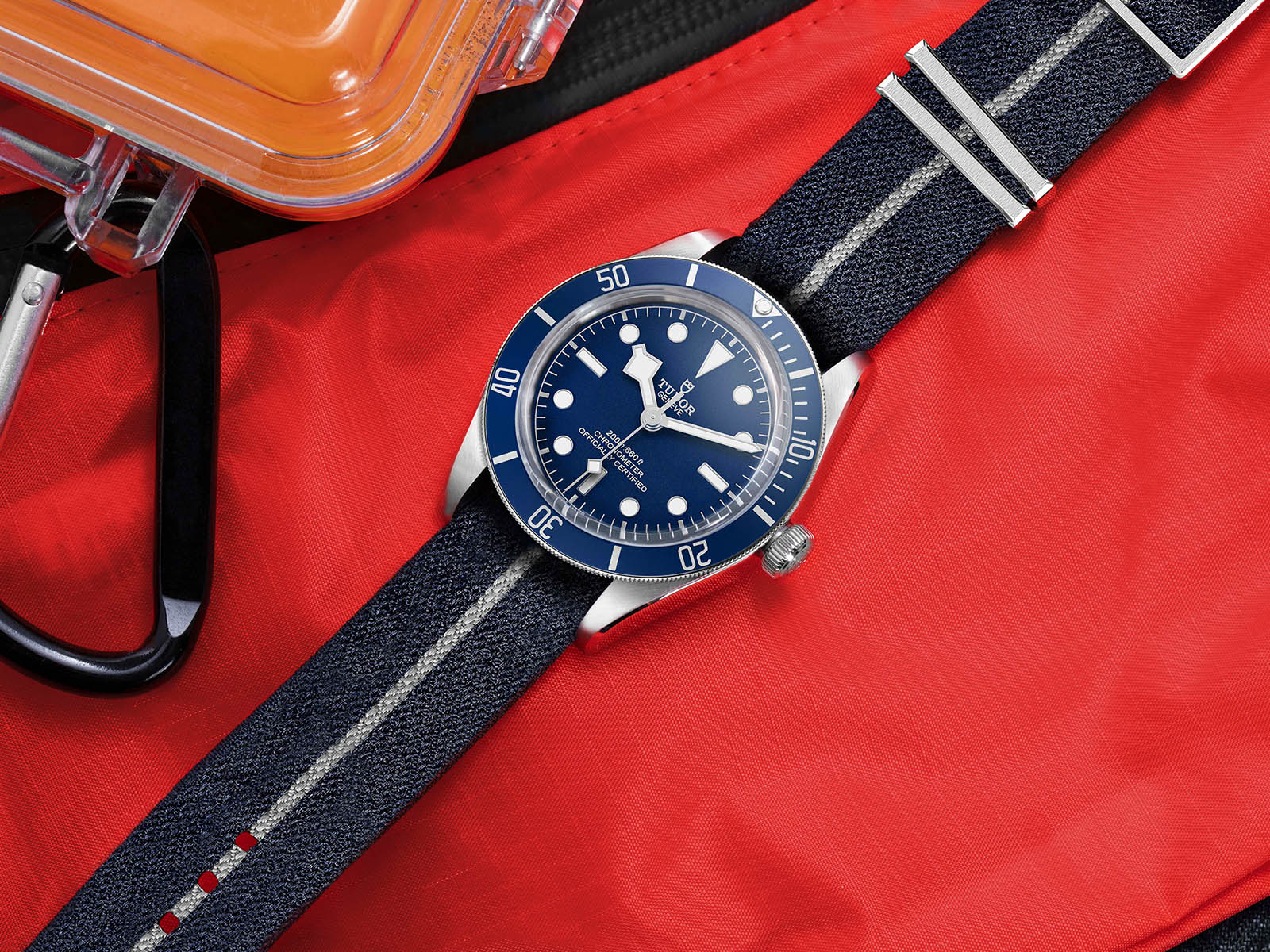 79030b-tudor-black-bay-fifty-eight-navy-blue-4.jpg
