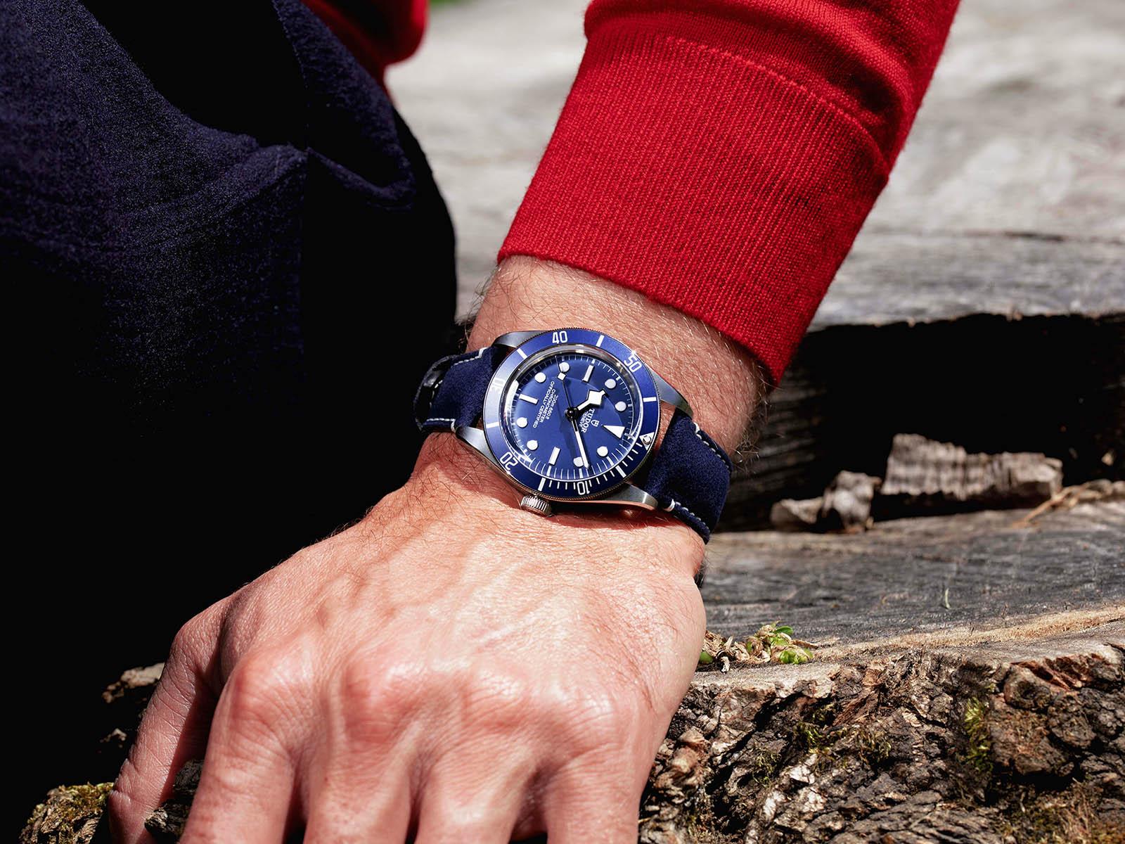 79030b-tudor-black-bay-fifty-eight-navy-blue-6.jpg