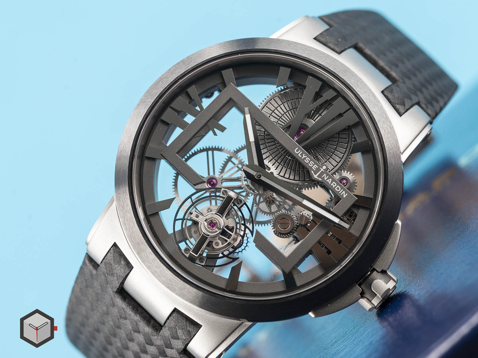 1713-139-ulysse-nardin-executive-skeleton-tourbillon-3.jpg